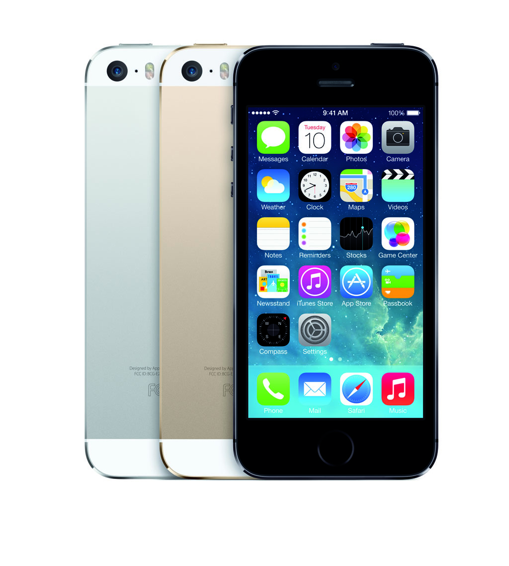 El iPhone 5s en sus tres colores disponibles.